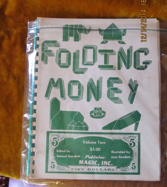 18-6_folding_money_book_20150114_2082371628