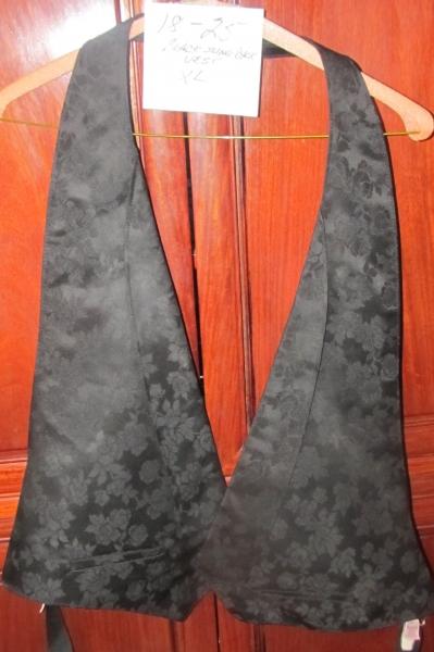 18-25 Black Slingback vest