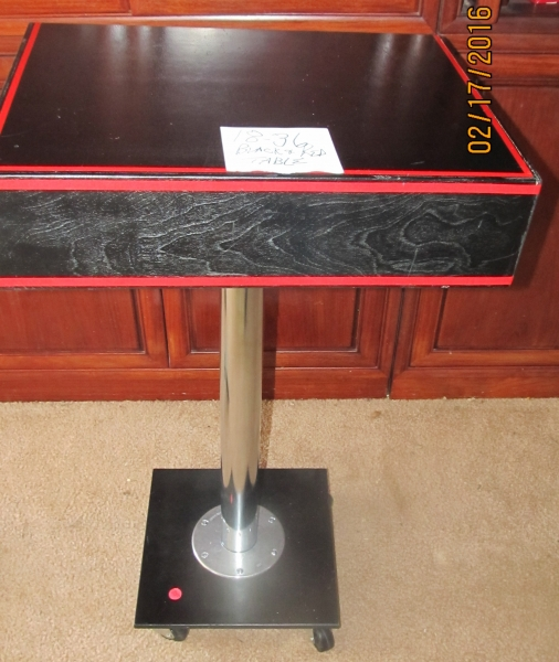 18-36 Black and Red Table