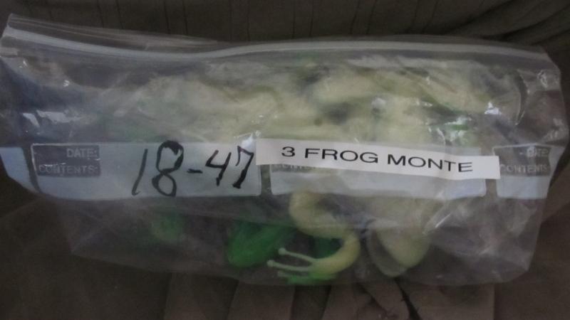 18-47 Three Frog Monte